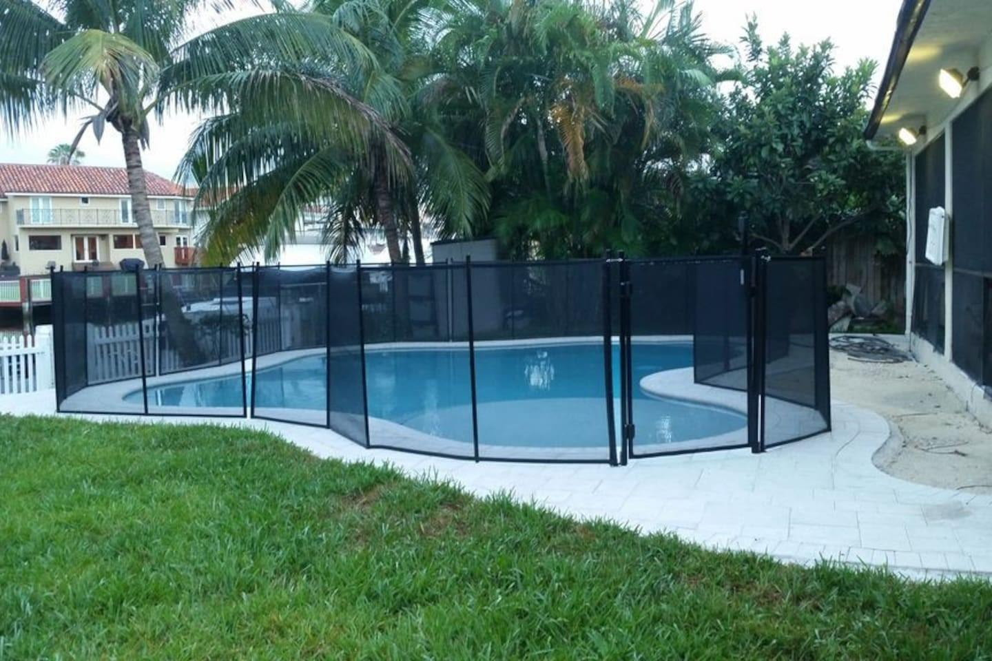 Cozy house close to the center of North Miami B... Slide-2