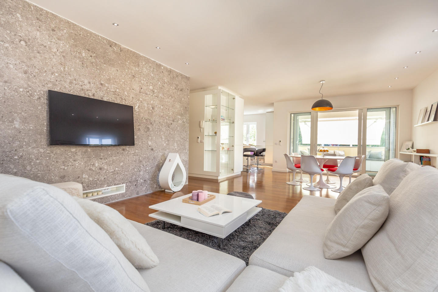 Spacious apartment in Dubrovnik with Parking, I... Slide-3
