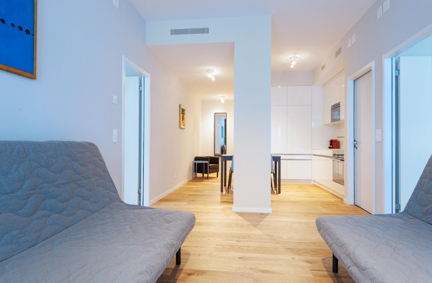 Cozy apartment in the center of Basel with Lift... Slide-2
