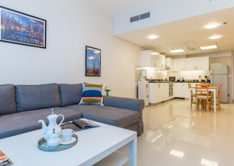 Cozy apartment in the center of Dubai with Lift, Parking, Internet, Washing machine
