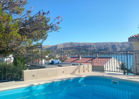 Cozy apartment in the center of Pag with Parking, Internet, Air conditioning, Pool