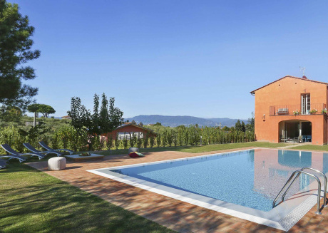 Spacious villa in Capannori with Parking, Internet, Washing machine, Air conditioning