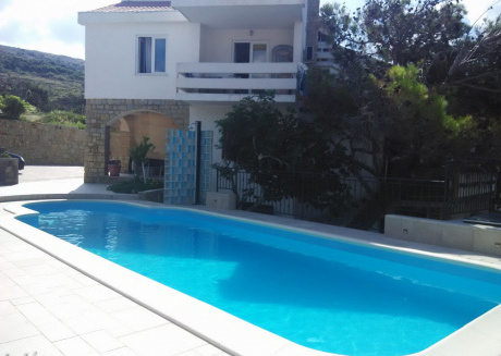 Spacious apartment in the center of Pag with Parking, Internet, Air conditioning, Pool