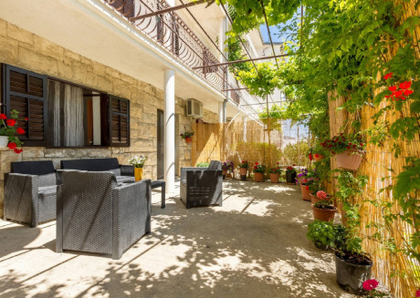 Apartments Marasovic - Lea 233