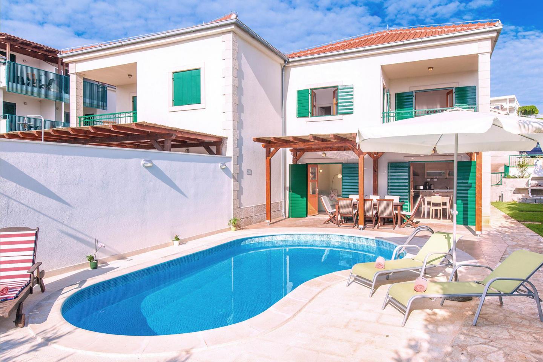 Pet Friendly Villa Mare In Hvar Town Slide-1