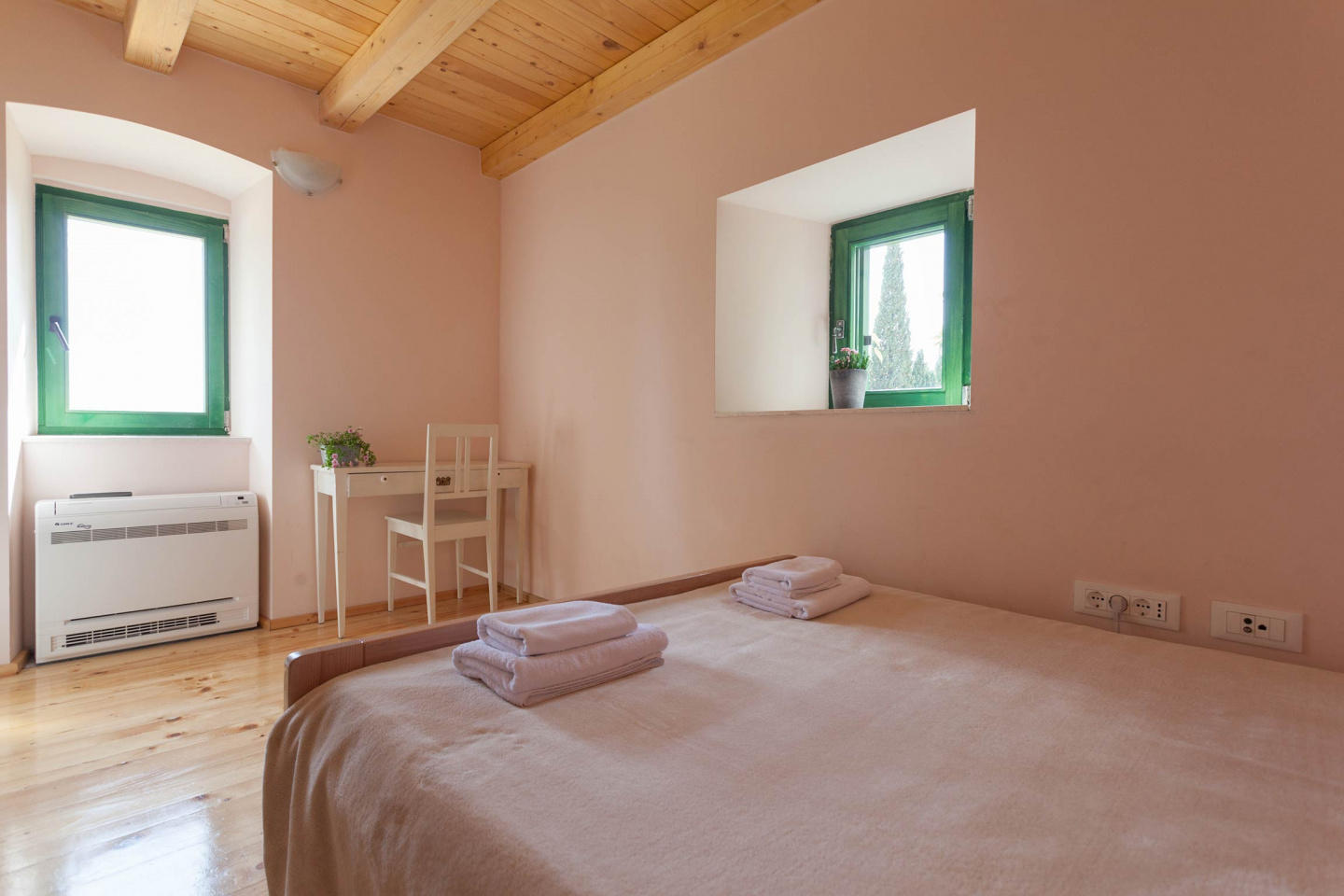 Perfect villa to relax and enjoy Dubrovnik Slide-2