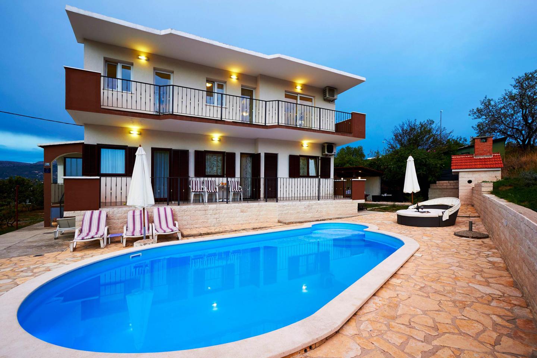 Villa Ivana With Pool In Split Town Slide-1