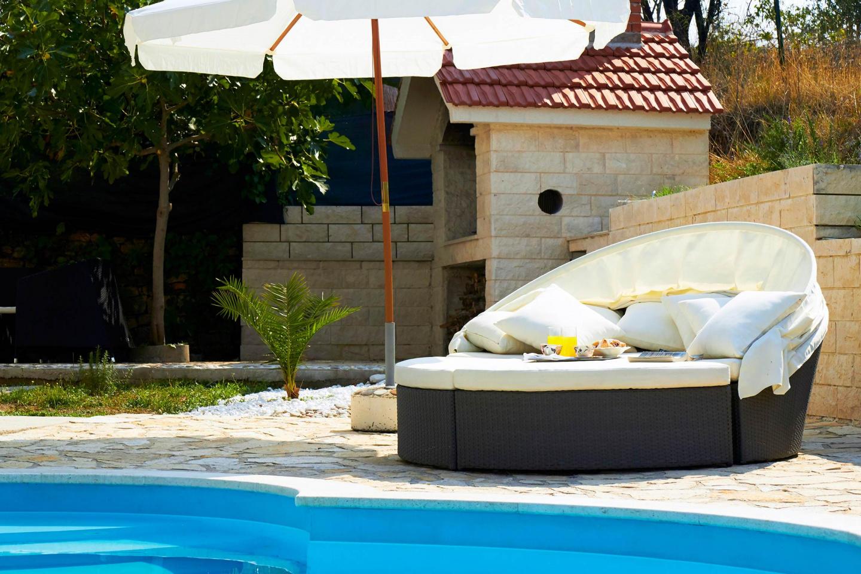 Villa Ivana With Pool In Split Town Slide-3