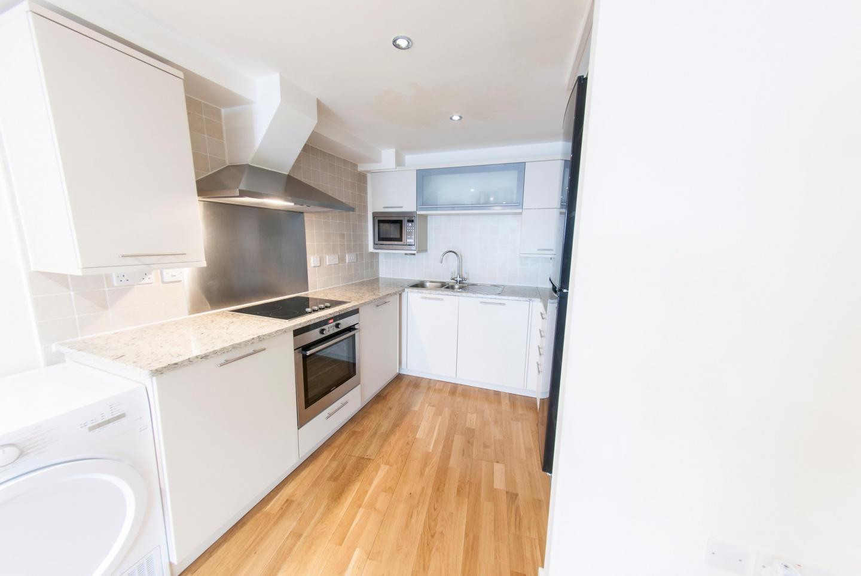 Modern Apartment in Bermondsey Street Village c... Slide-5