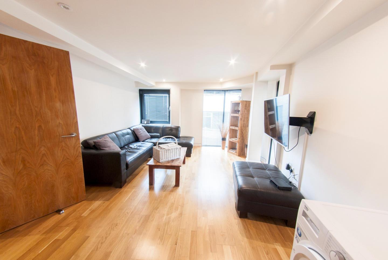 Modern Apartment in Bermondsey Street Village c... Slide-3
