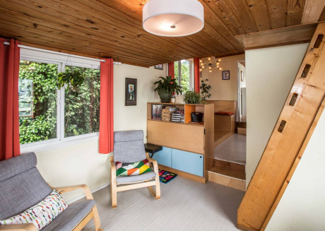 Luxury Houseboat ★ BEST Location in Seattle ★ 3-BR