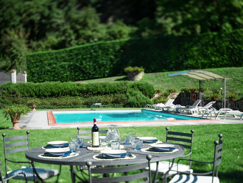 Spacious villa in Dicomano with Parking, Intern... Slide-3