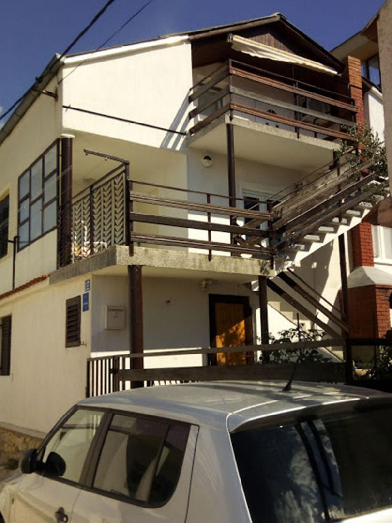 Spacious apartment in Kruševo with Parking, In... Slide-2