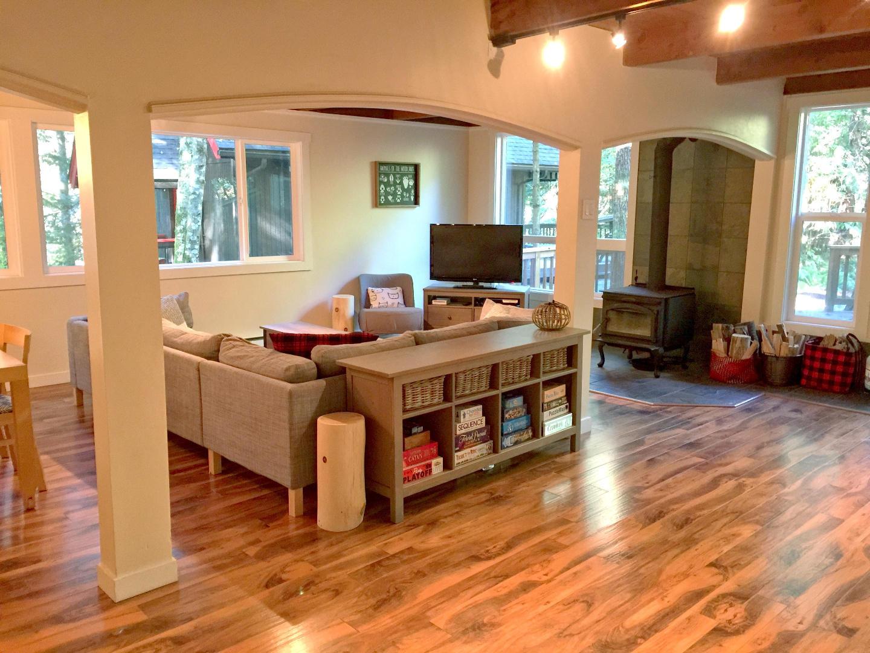 Living room Slide-2