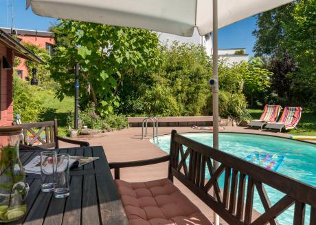Relaxing at Taunus Hills - apartment with pool & sauna