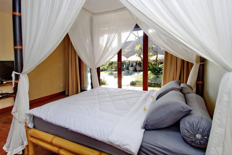The Uma Villa in Canggu Slide-11