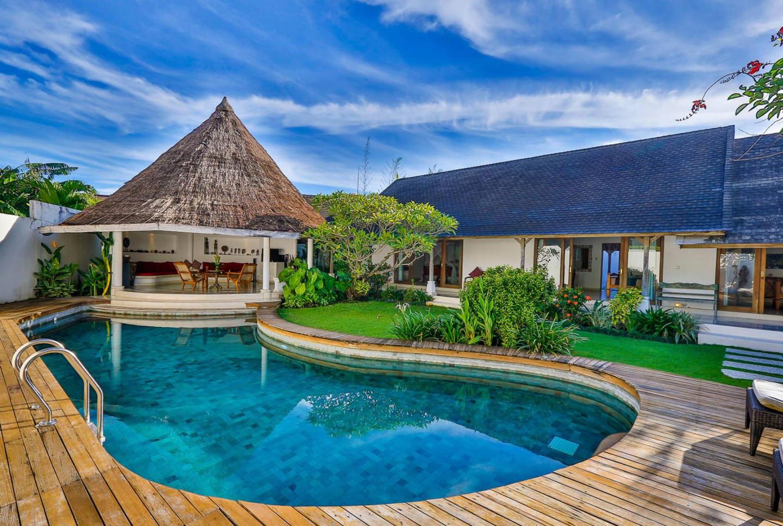 Villa Damai Kecil Seminyak Slide-9