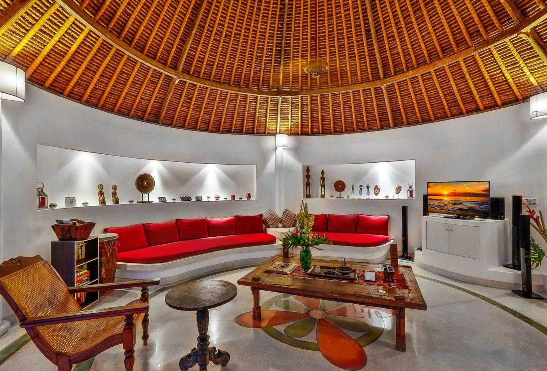 Villa Damai Kecil Seminyak Slide-5