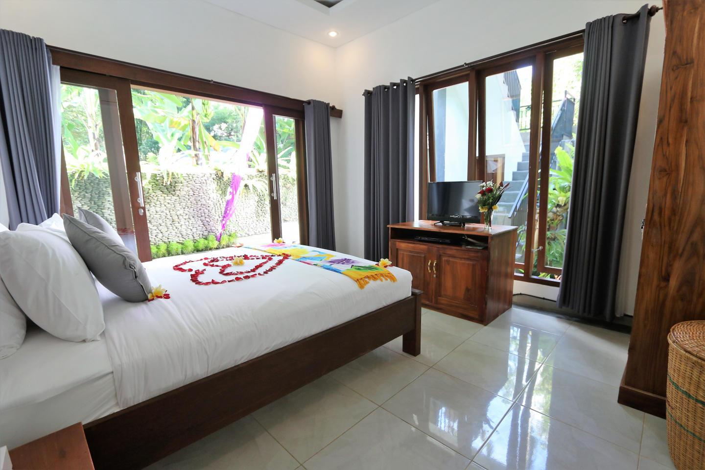 3 bedroom kubu Aria ubud bali Slide-21