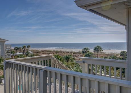 318 Breakers, Ocean Views, Free Bikes, Beach Getaway