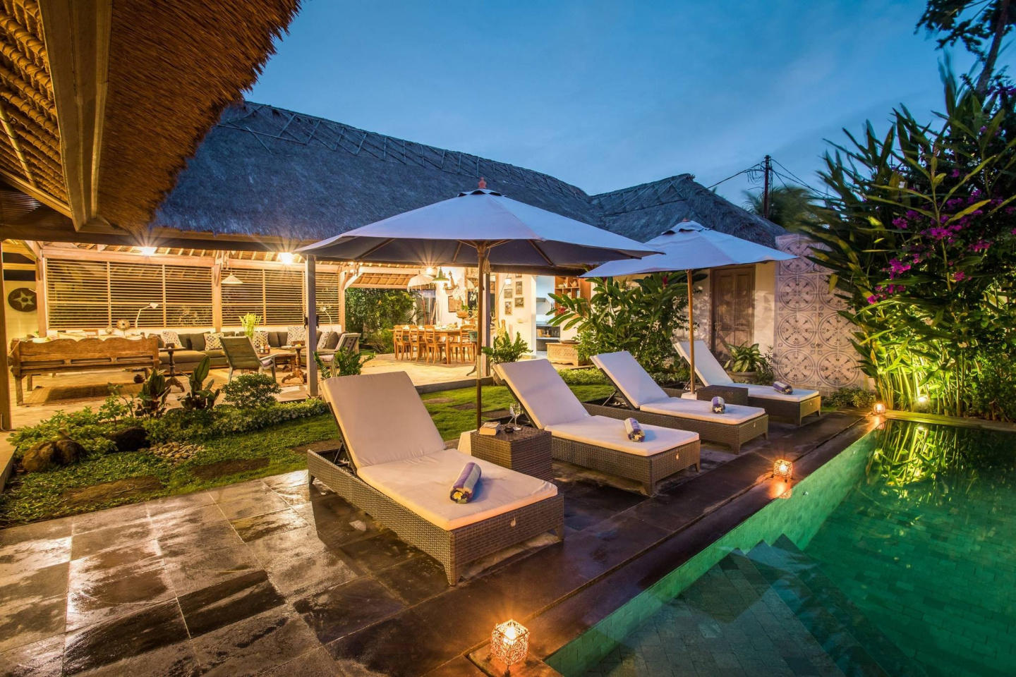 Spacious house in North Kuta with Internet, Poo... Slide-2