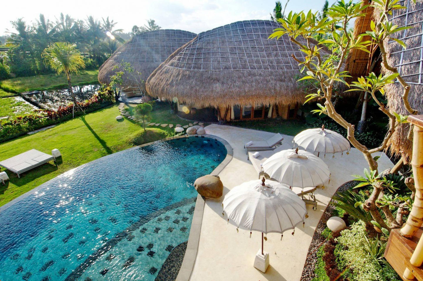 Spacious house in Ubud with Internet, Pool, Garden Slide-1