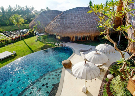 Spacious house in Ubud with Internet, Pool, Garden