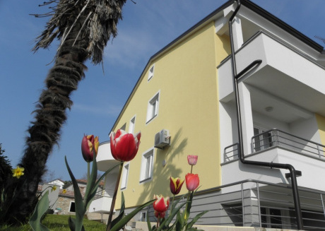 Cozy apartment in the center of Zambratija with Parking, Internet, Air conditioning