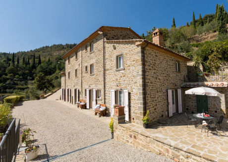 Spacious country house in Cortona with Parking, Internet, Washing machine, Air conditioning
