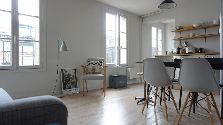 Cozy apartment in Paris with Lift, Internet Slide-2