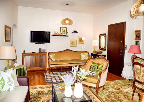 Spacious apartment in the center of Zografou with Lift, Internet, Air conditioning