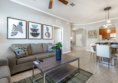 Beautiful Vista Cay condo located just minutes Universal and I-Drive!