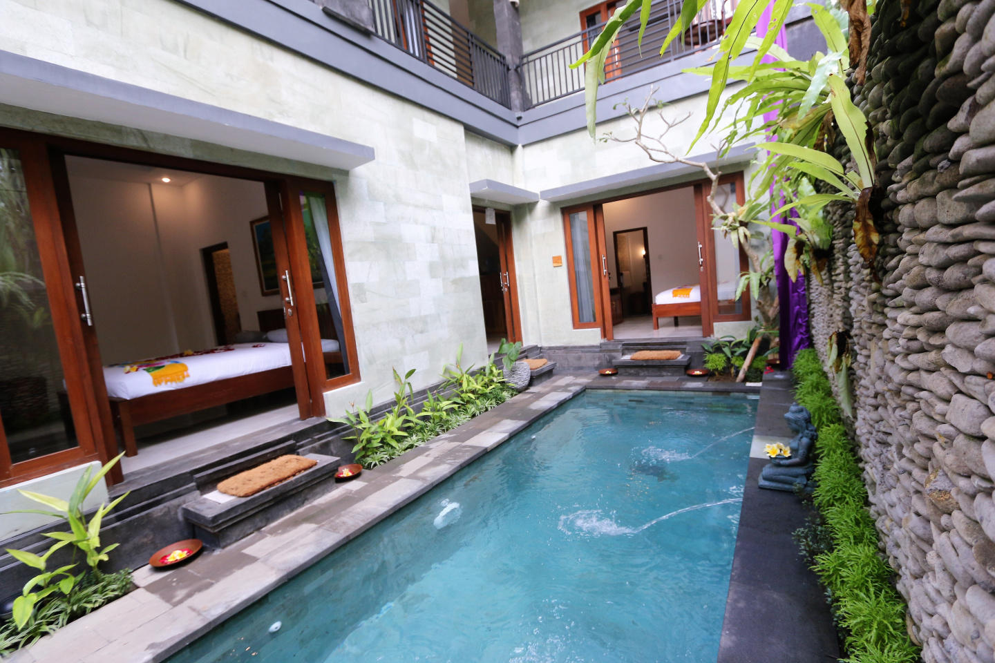 Spacious house in Ubud with Internet, Pool, Bal... Slide-1