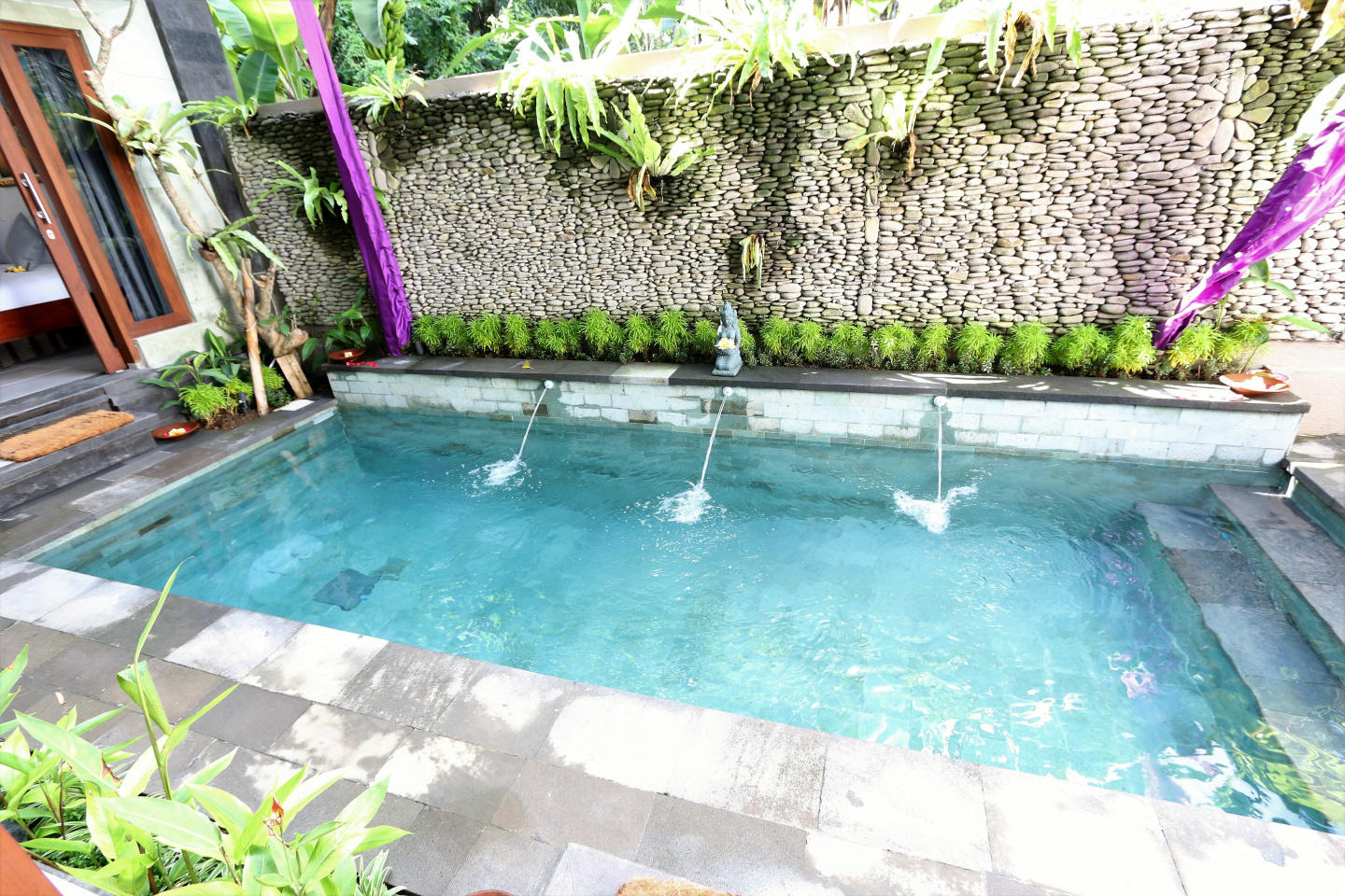 Spacious house in Ubud with Internet, Pool, Bal... Slide-3
