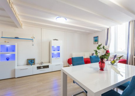 Spacious apartment in the center of Dubrovnik with Internet, Washing machine, Air conditioning