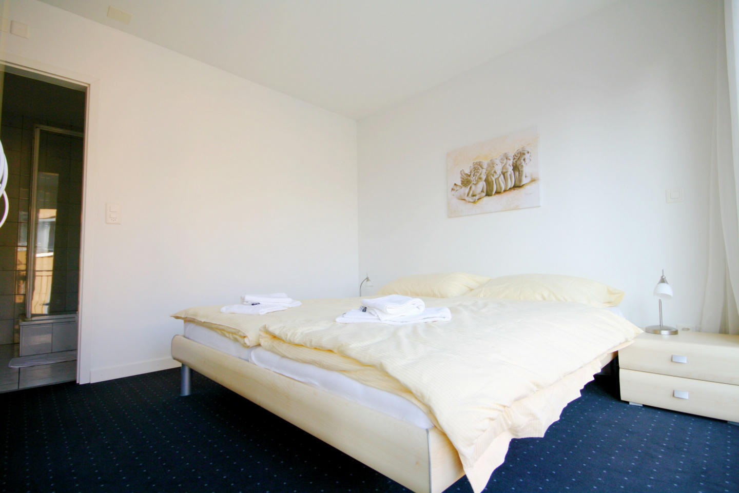 Cozy apartment in the center of Cham with Lift,... Slide-1