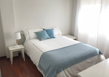 Spacious apartment in the center of Santiago de Compostela with Lift, Parking, Internet, Washing machine