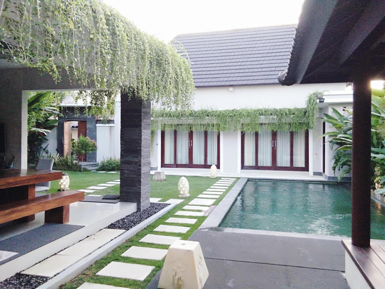 5 bedrooms Legian and Seminyak Private Villas Slide-3