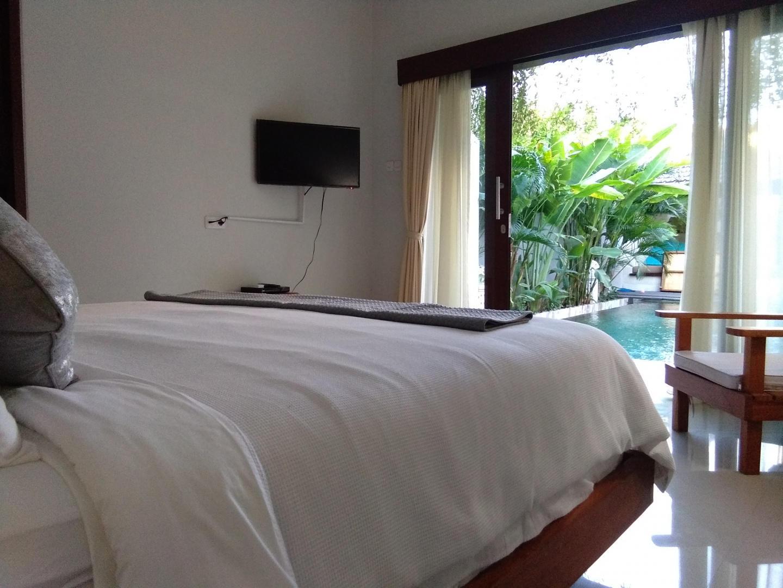 5 bedrooms Legian and Seminyak Private Villas Slide-2