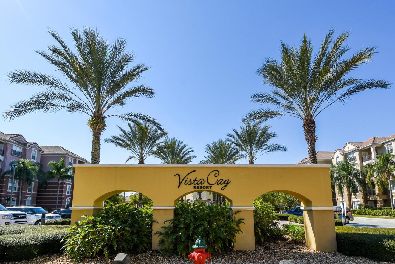 Perfect Family Condo At Vista Cay Resort 101 Slide-1