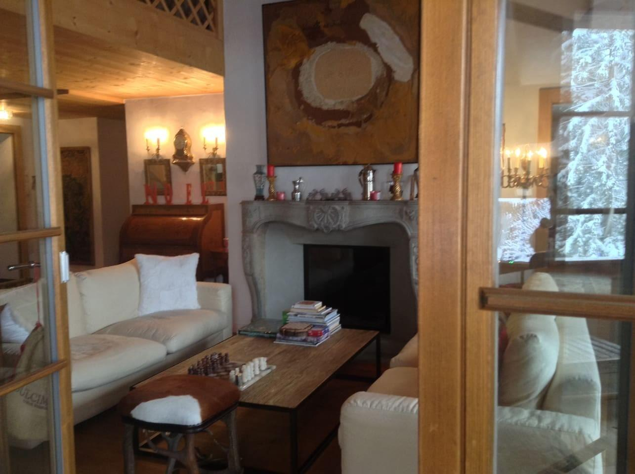 Cozy apartment close to the center of Saanen wi... Slide-3