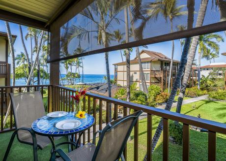Kona Isle C28. Corner Unit, 2nd Floor, Ocean Views, & Air Conditioning!