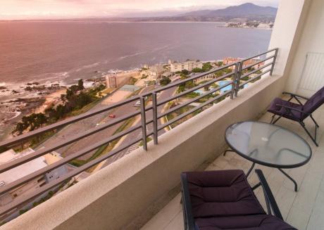 Spectacular Ocean Views, 21st Floor For 5 People