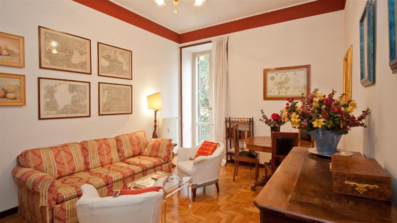Ottaviano Apartment 135 Slide-1