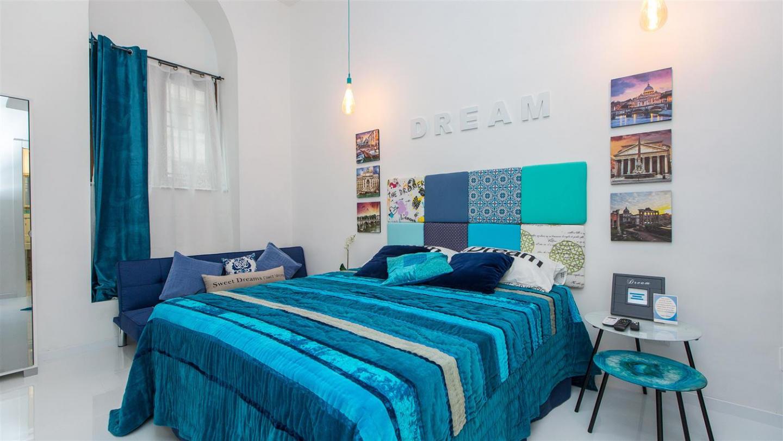 Dream Apartment 2225 Slide-1
