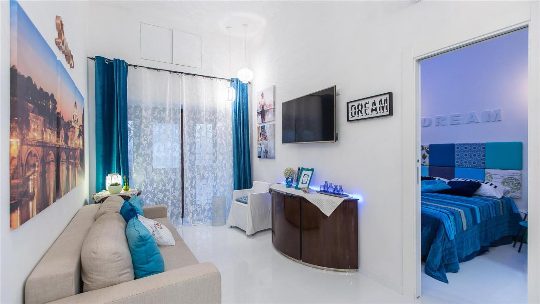Dream Apartment 2225 Slide-2