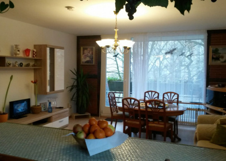 Spacious apartment in the center of Laatzen with Parking, Internet, Washing machine, Balcony