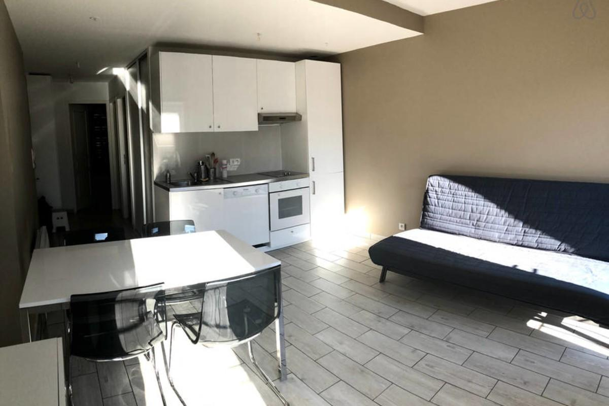 Cozy apartment in the center of Marseille with ... Slide-2