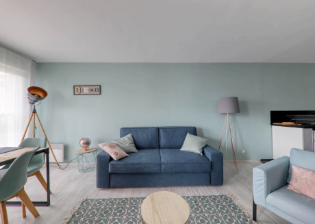 Cozy apartment in Chessy with Lift, Parking, Internet