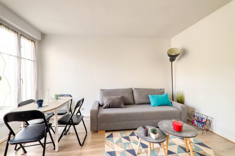 Cozy apartment very close to the centre of Serr... Slide-3